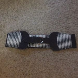 Accessories - Waist belt.